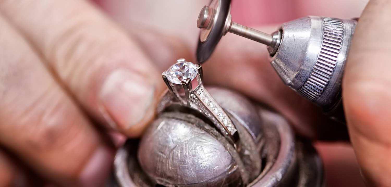 Как в домашних условиях увеличить размер золотого кольца в 195